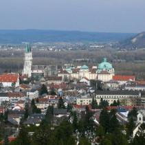 Vienna surroundings tour – 4 hours long